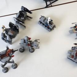Star-Wars-Lego auf meinem Büroschreibtisch.