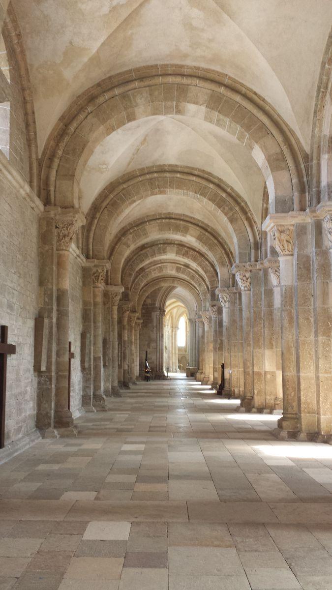 Nördliches Seitenschiff der Basilique Sainte-Marie-Madeleine de Vézelay