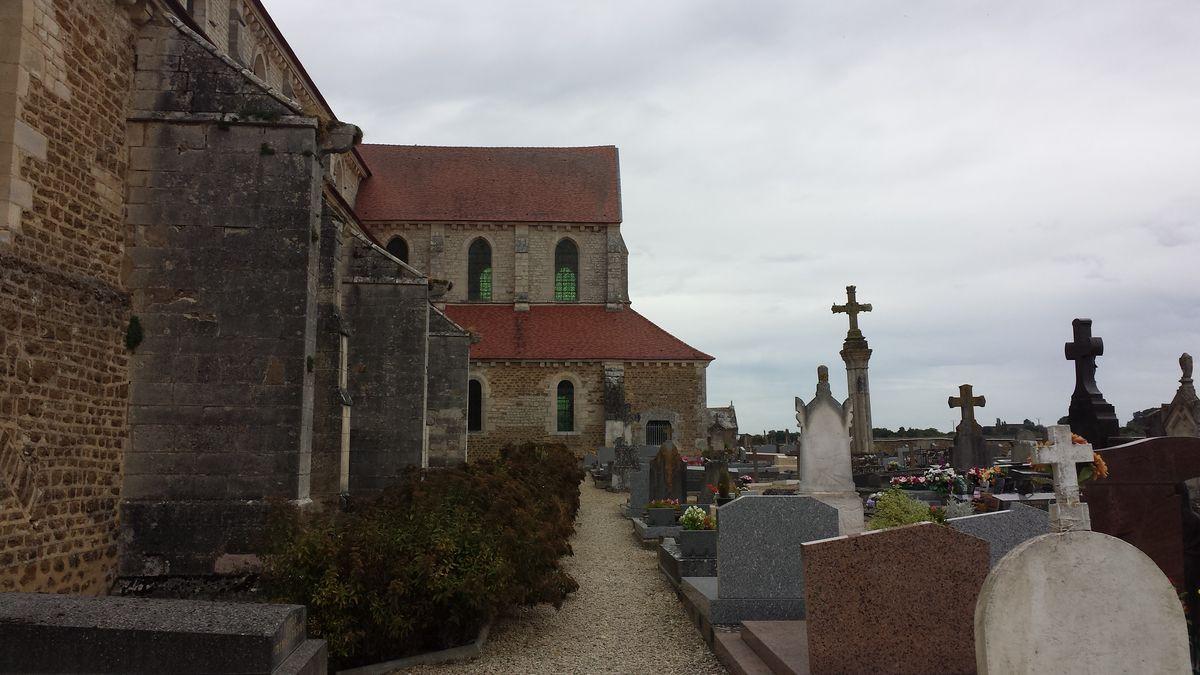 Südliches Querhaus der Abbaye de Pontigny