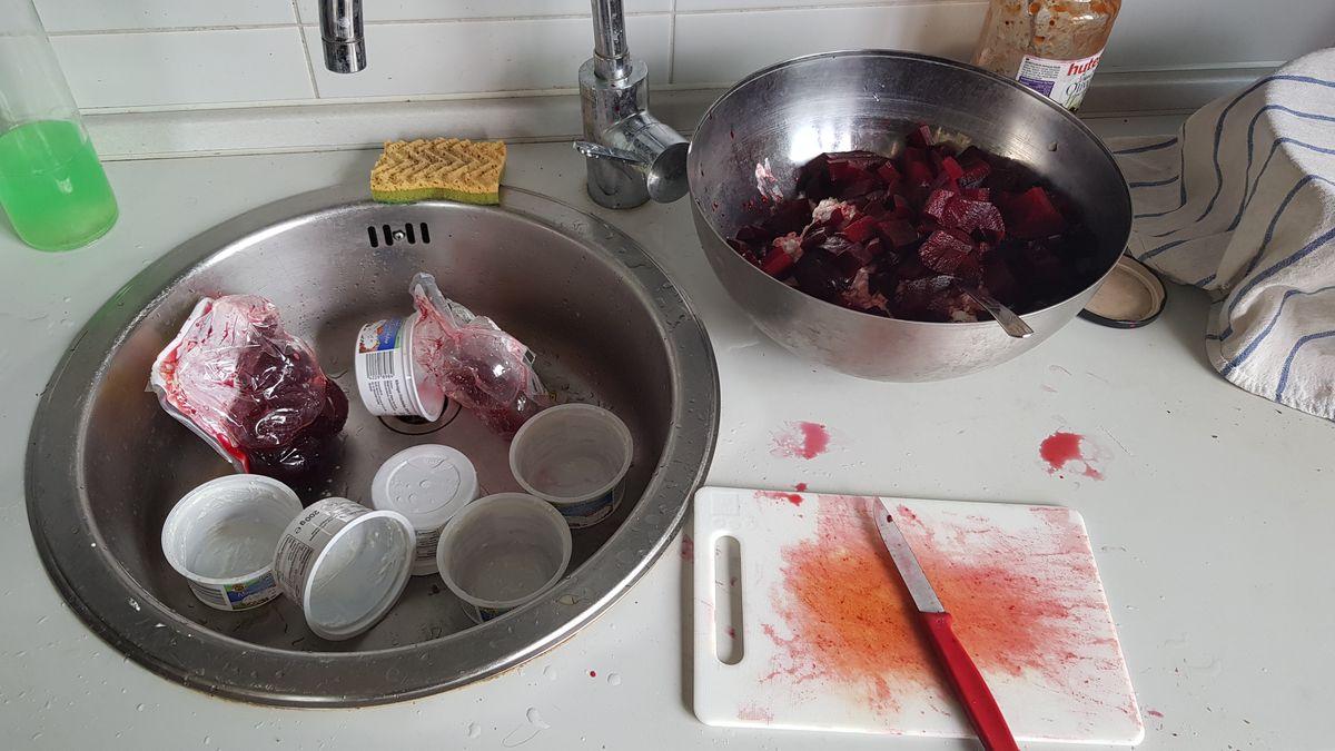 Körniger Frischkäse mit Rote Bete